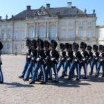 La relève de la garde à Amalienborg